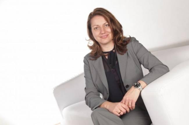 Sabine Hansen, Headhunterin bei Amrop Delta