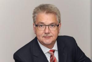 Lothar Rolke, Professor....