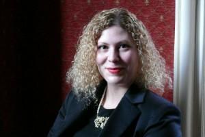 Georgia Brooks, Chefredakteurin von Chambers