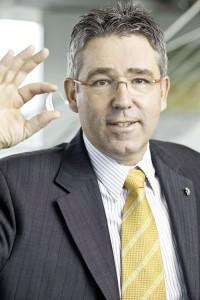 Wolfgang Bennedik, Phonak