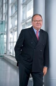 Werner M. Dornscheidt, Chef der Messe Düsseldorf
