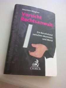 """""""Vorsicht Rechtsanwalt"""" von Wagner"""
