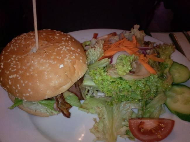 Burger im Basil´s