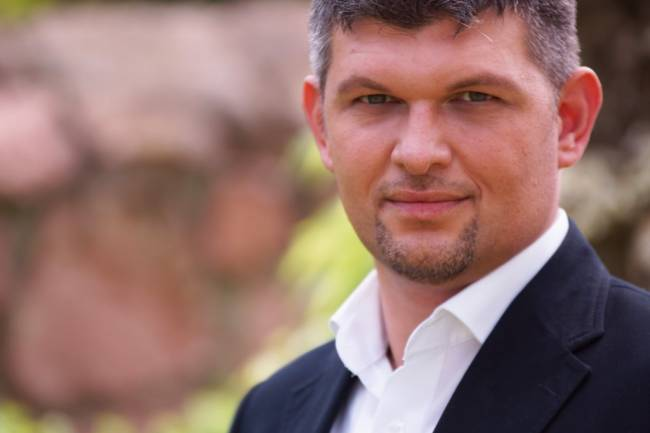 "Tjorven Jorzik, Gründer von ""Frag Henry´s"""