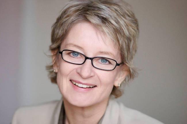 Claudia Schmidt von Mutaree