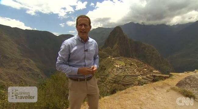 CNN-Wirtschaftsmoderator Richard Quest in Peru (Foto: CNN International)